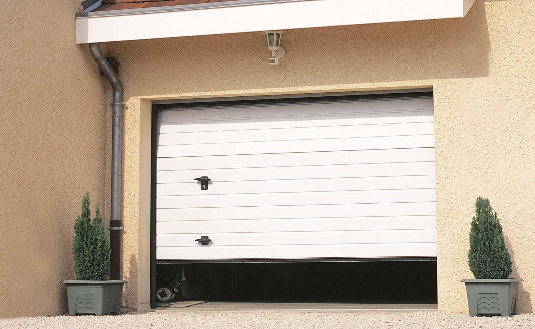 Changement de serrure porte garage Paris Île-de-France 78